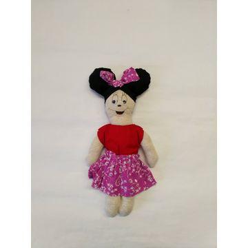 Adoptuj panenku Minie Mouse