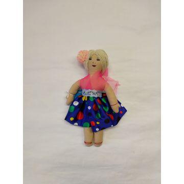 Adoptuj panenku Bělu